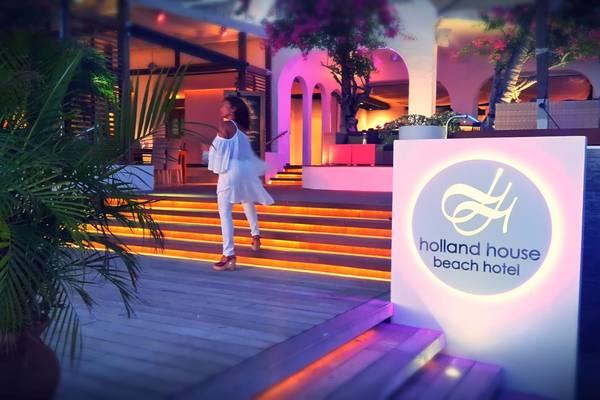 Holland-House-Sint-Maarten09t98488375655___SG9sbGFuZCBIb3VzZSBEZWNrb_64.jpg