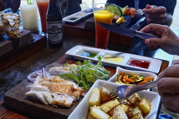 parrot-cove-restaurant