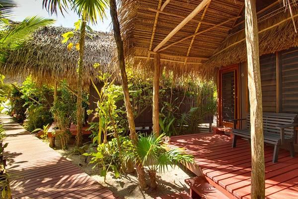 Singing-Sands-Inn-Cabana-Garden.jpg