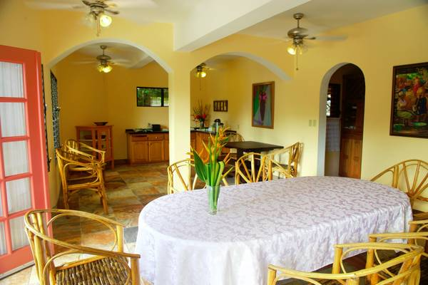 coral-house-belize-newly-renovated-dinning.jpg