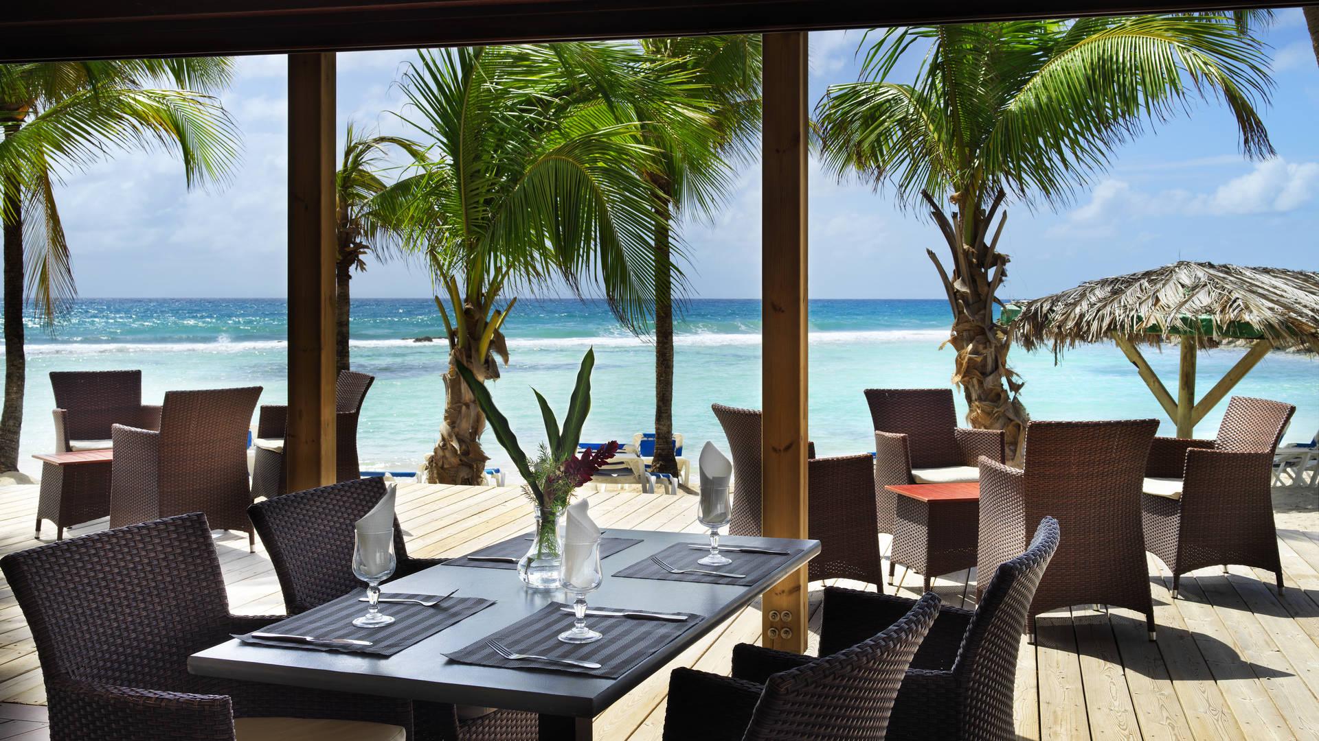 Januari Beach Special. Combinatiereis St. Maarten & Guadeloupe
