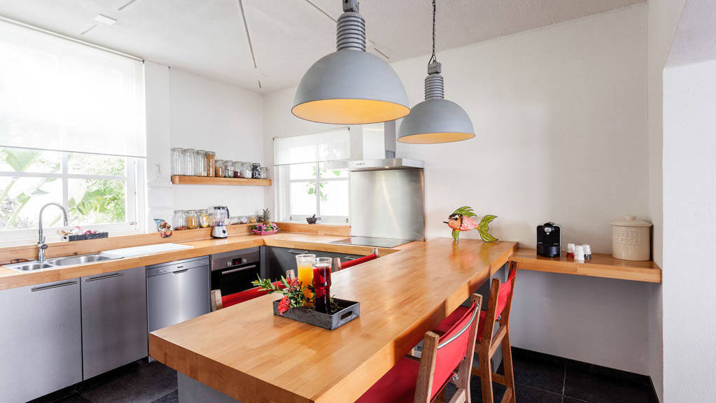 Villa_1_kitchen-1024x683.jpeg