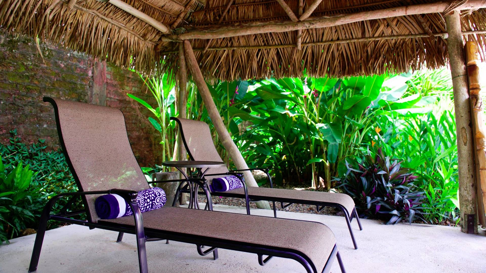 coral-house-belize-relax-under-the-tatch.jpg