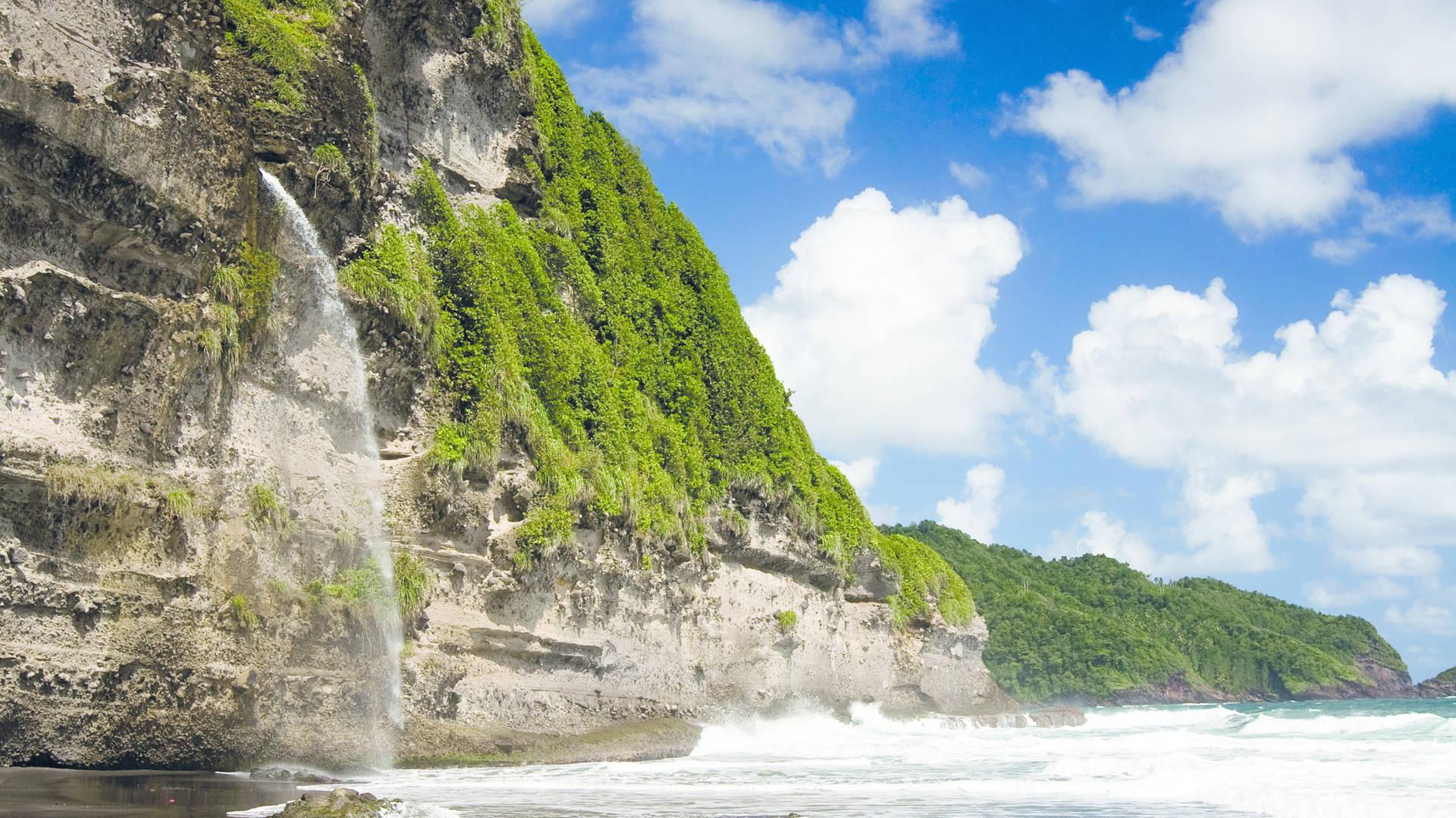 Combineer Guadeloupe met Dominica. Avontuur & Chill