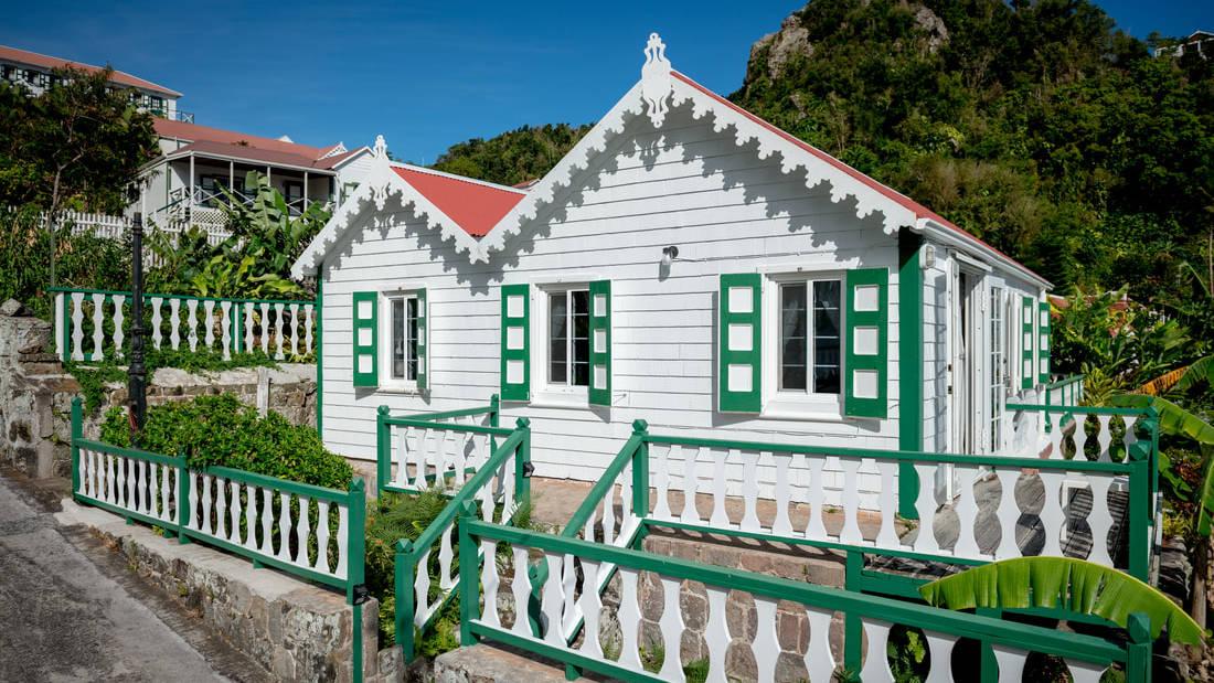 Juliana's Saba